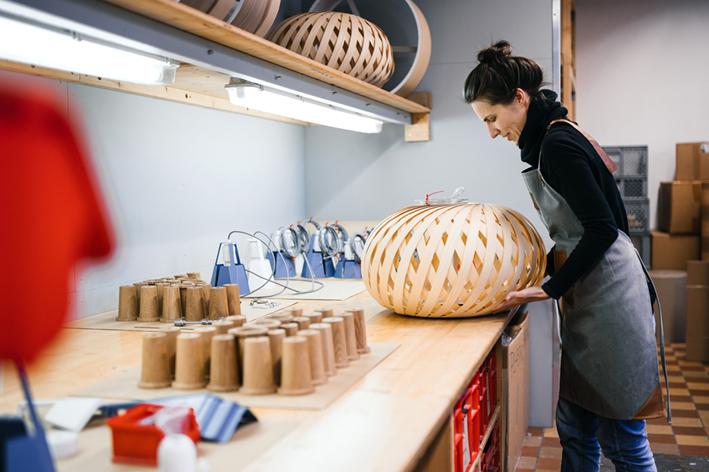 dreizehngrad Werkstatt Furnierleuchte Leuchtenbau